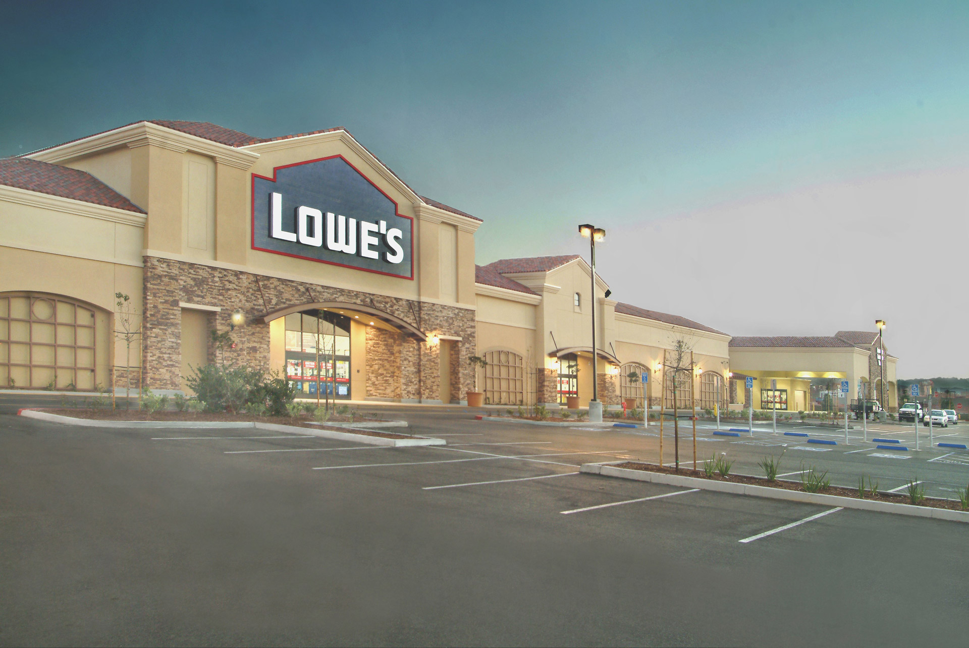 Lowes-1